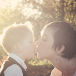 Quinn_mama_kiss